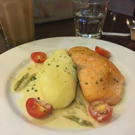 Kuppa-Seared-Salmon