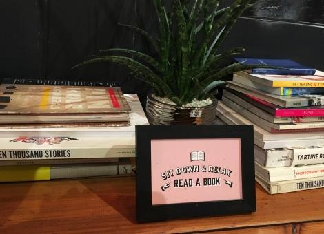Satchmi-Store-Reading