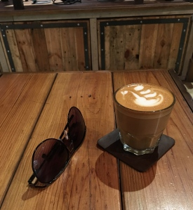 Satchmi-Store-Flat-White-and-Shades